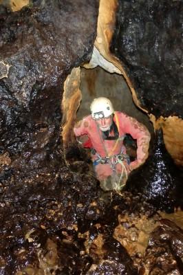 Dans les puits du fond de la torca de los Rebeccos